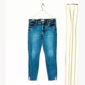 LOFT Curvy Skinny Raw Hem High Waist Ankle Jeans